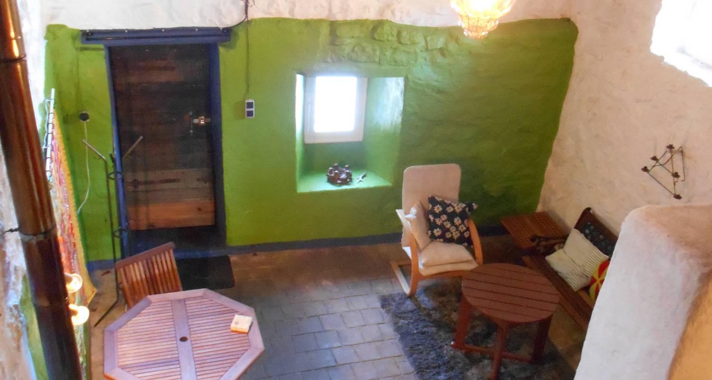 Logement meublé: la petite maison à saint-agrève (130433)