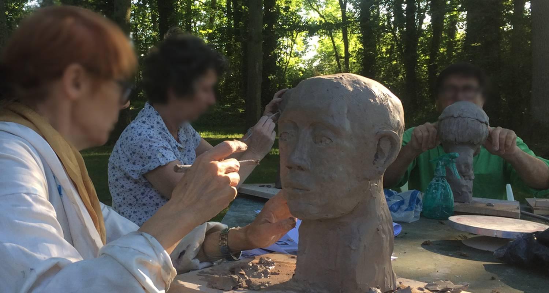 Activité: stage de sculpture à coltainville (130485)