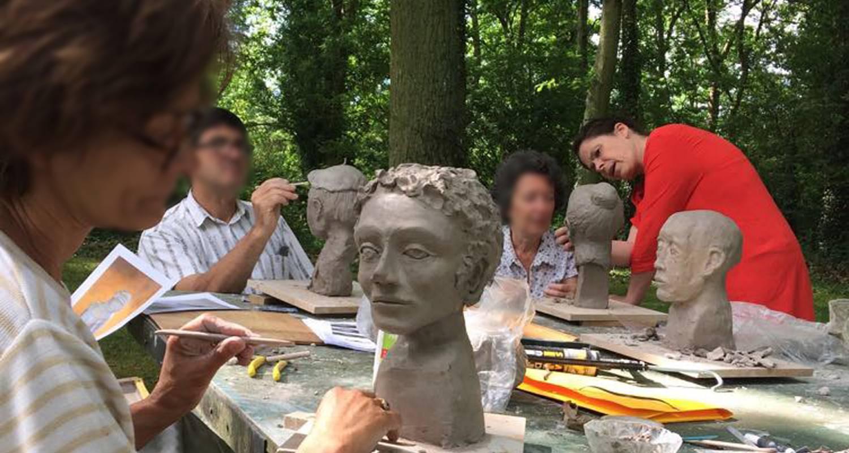 Activité: stage de sculpture à coltainville (130489)