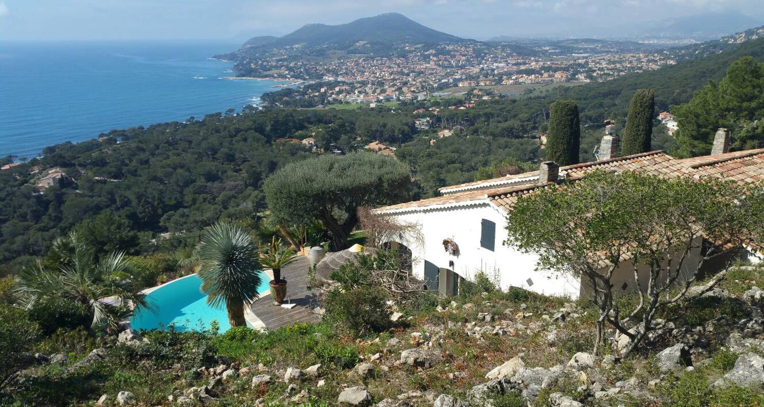 Bed & breakfast: chambre venitienne in carqueiranne (130845)