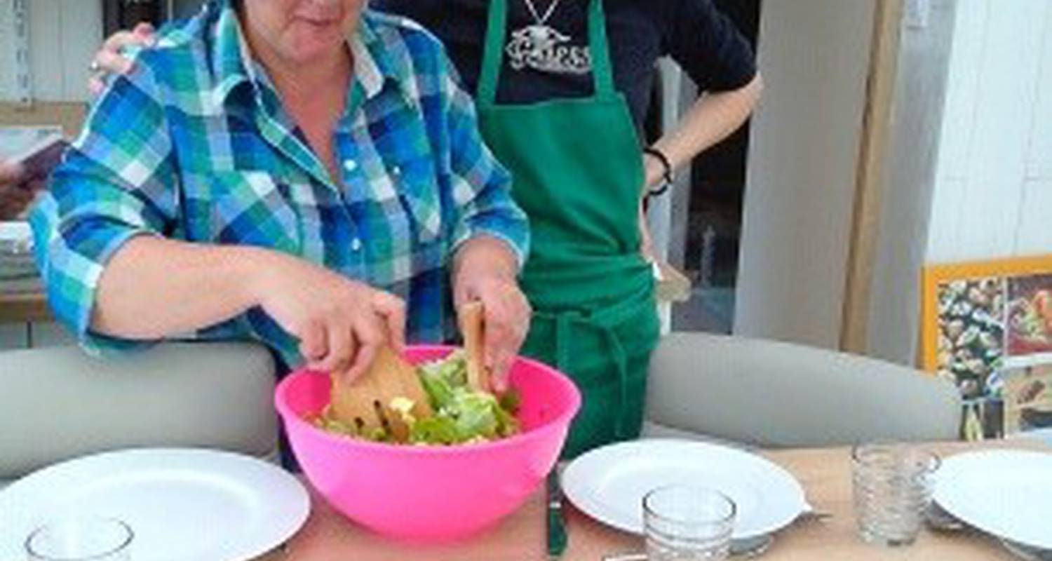 "Activity: healthy  school food ""live different"" in saint-jeure-d'ay (130580)"