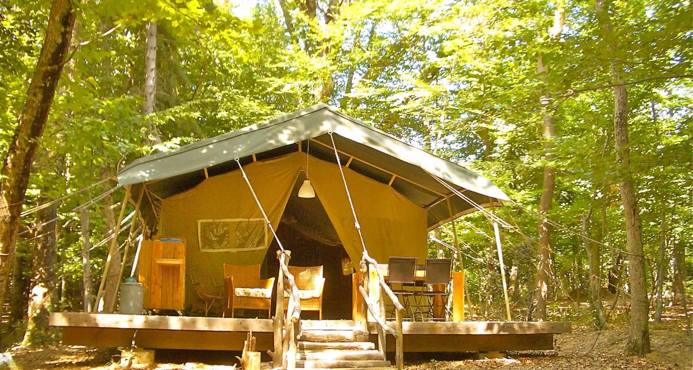 Location, bungalow, mobil-home: tente safari en pleine nature à le poët-célard (130666)