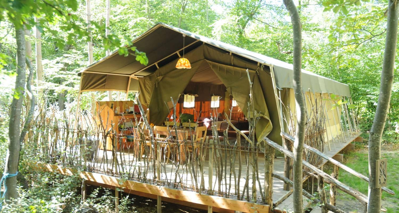 Location, bungalow, mobil-home: tente safari en pleine nature à le poët-célard (130669)