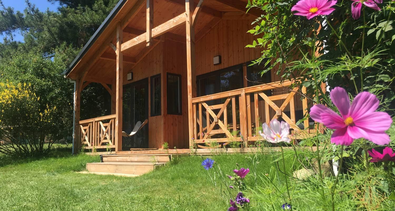 Other kind of rental accommodation: chalet royale la nouba in le poët-célard (130670)