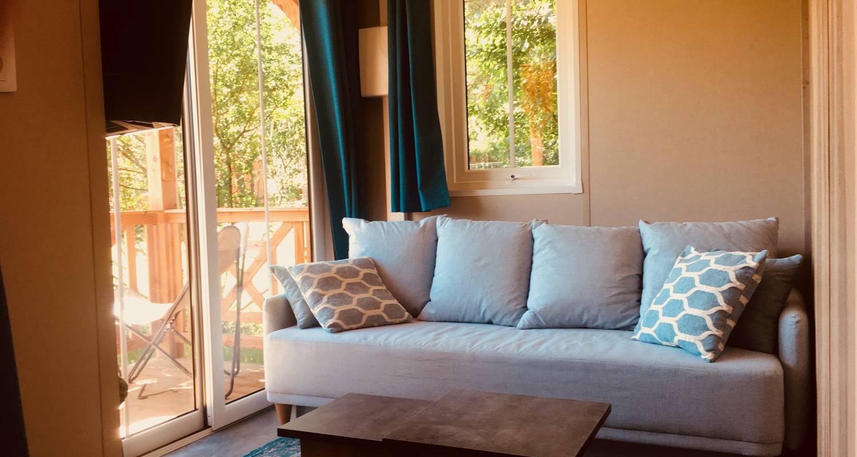 Other kind of rental accommodation: chalet royale la nouba in le poët-célard (131534)