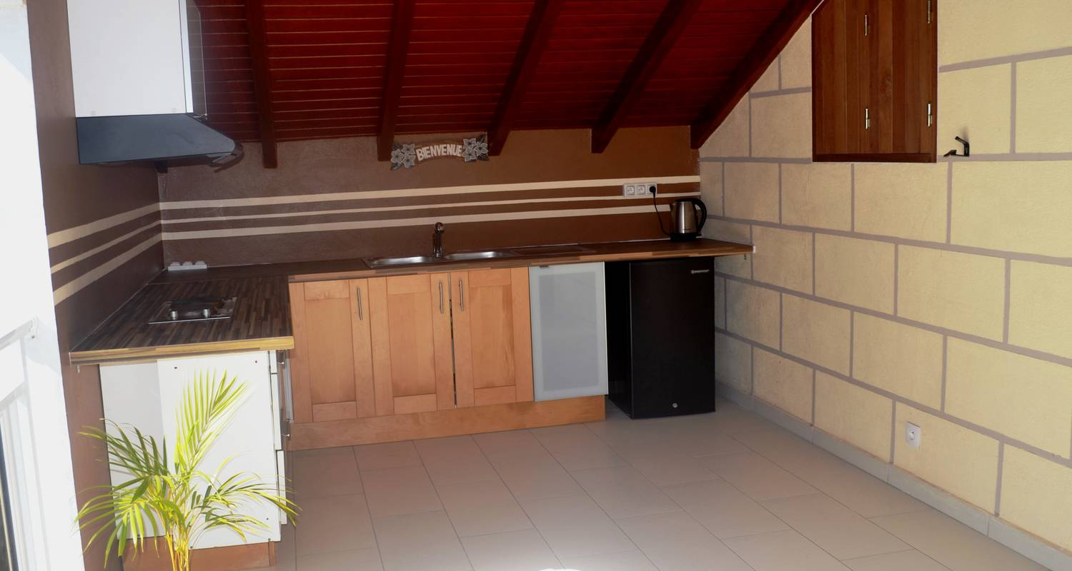 Room in private home: le buis in le gosier (130850)