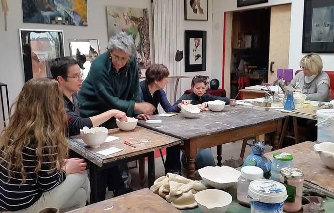 Stage de modelage, terre papier, terre sigillée, engobes, émaillage, cuisson raku et enfumage