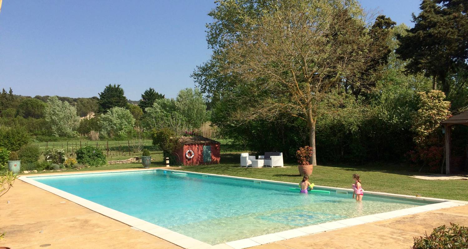 Bed & breakfast: la capucine - chambres & table d'hôtes in lagnes (131266)