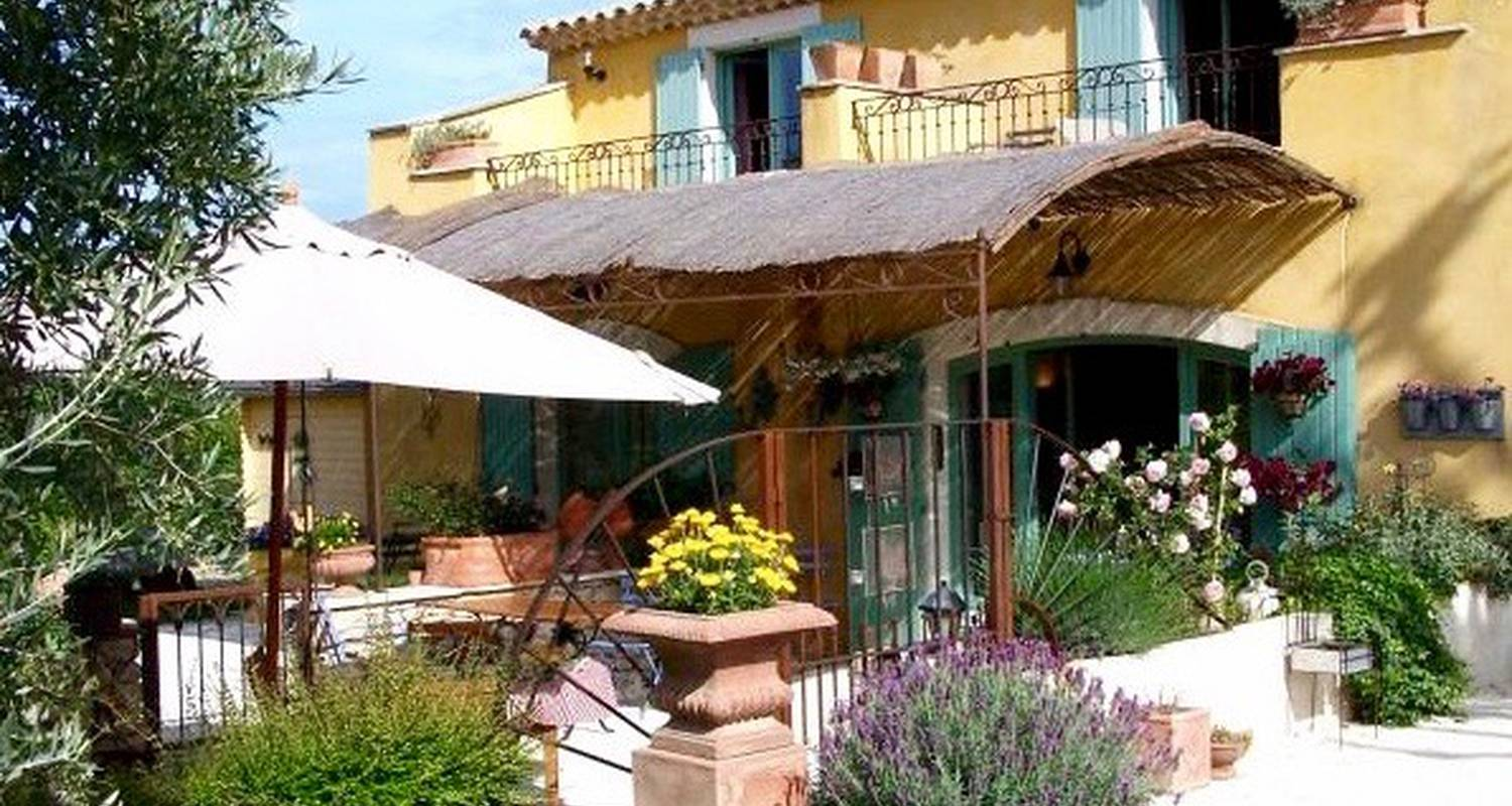 Bed & breakfast: la capucine - chambres & table d'hôtes in lagnes (131247)