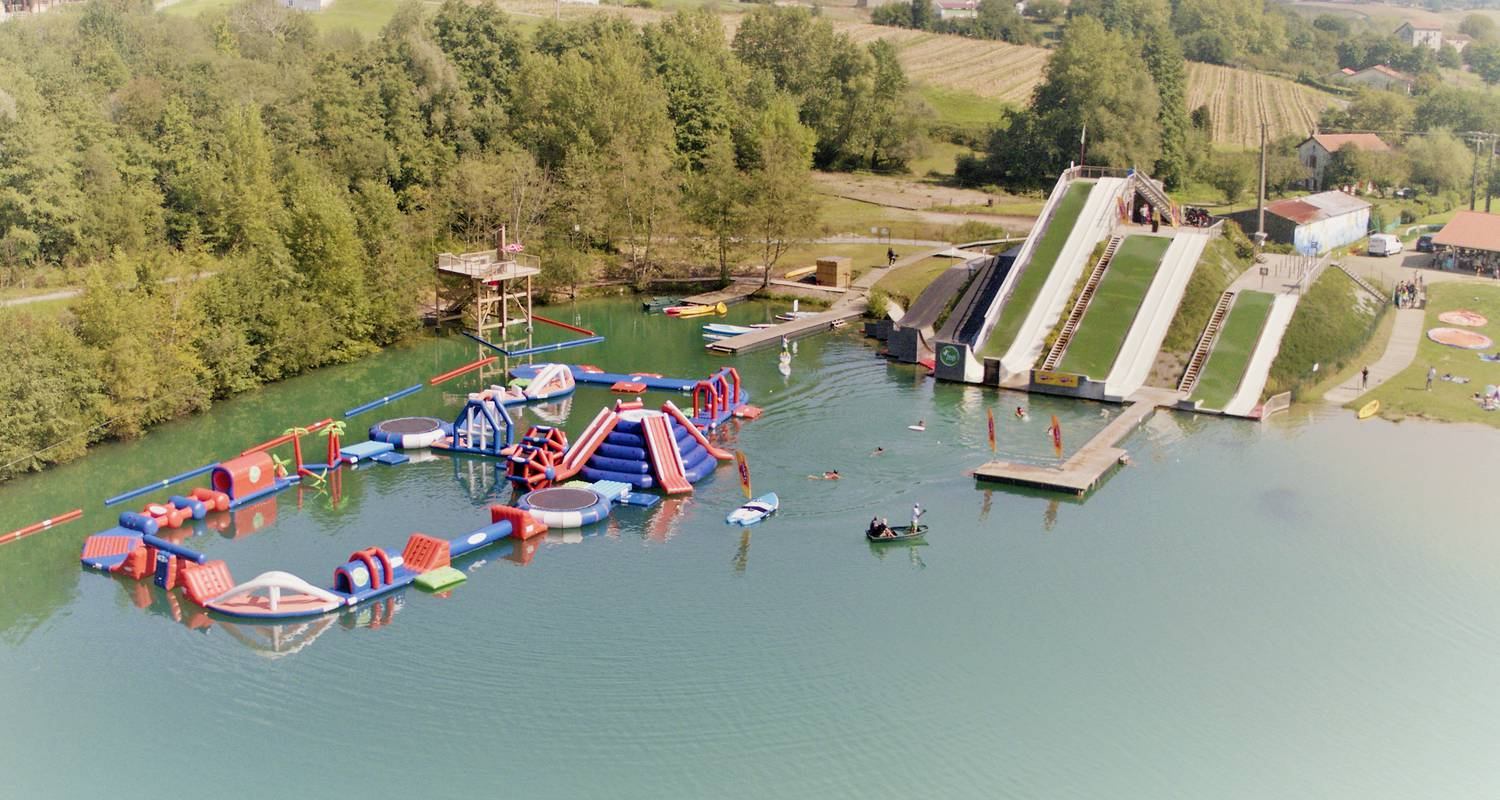 Activity: water jump, total wipe out in guiche (131274)