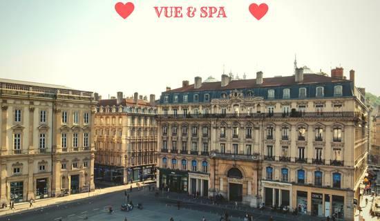 Vue & Spa prestige au cœur de la place  picture