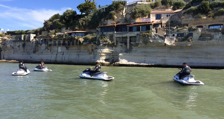 Activité: jet fly évasion      jetski/flyboard/hoverboard/bouée tractée à soulac-sur-mer (131324)