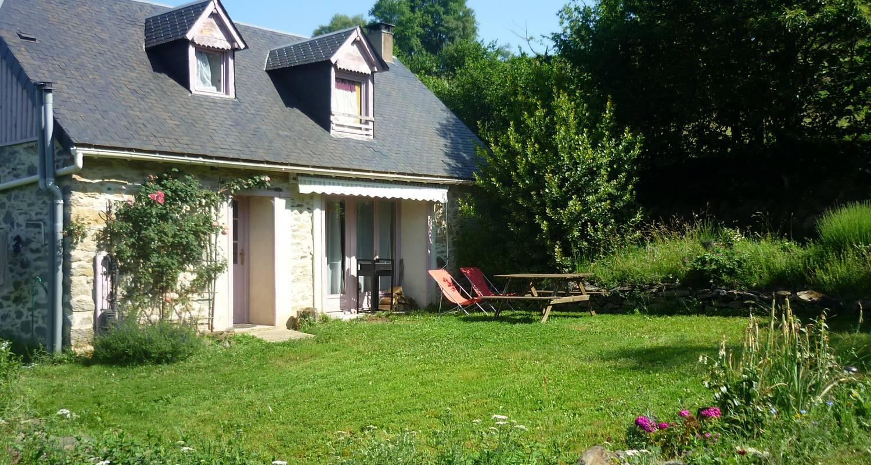 Logement meublé: gîtes de pleine nature (2 et 5pers) et atelier de méditation. à lies (131462)