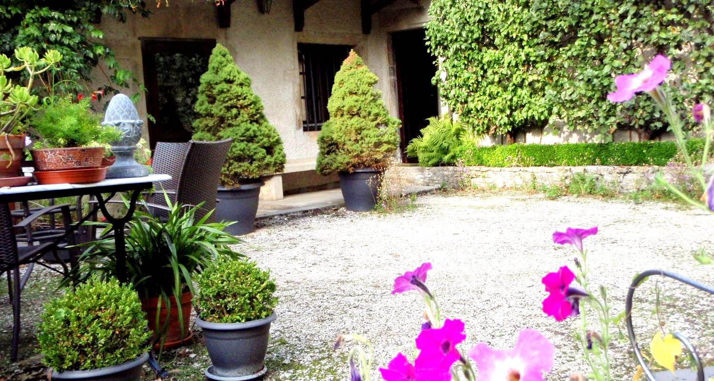 Gîte: le cadran solaire, location charme à sancey-le-grand (131627)
