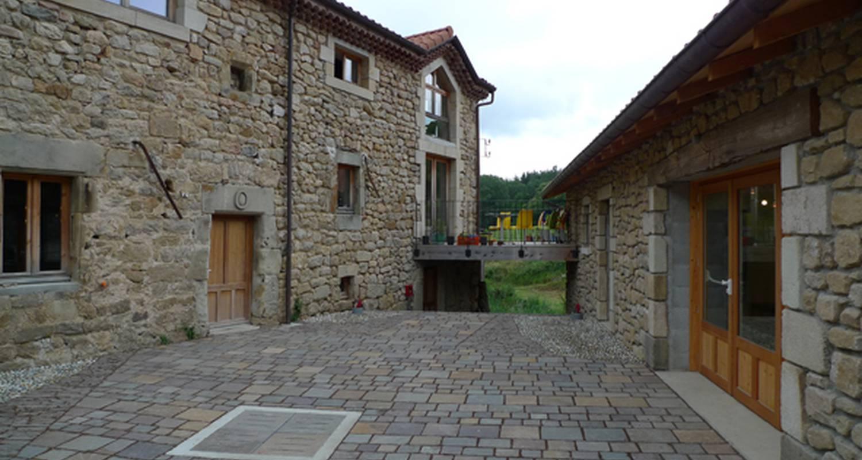 Chambre d'hôtes: domaine le trouillet à alboussière (131655)