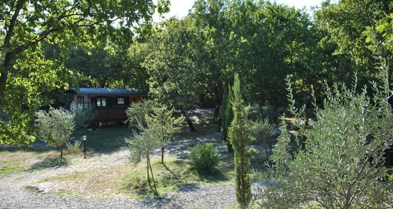 Gîte: roulottes et cabanes de saint cerice et spa  in vogüé (131973)
