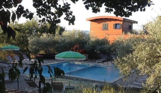 Roulottes et Cabanes de Saint Cerice et Spa  privatif