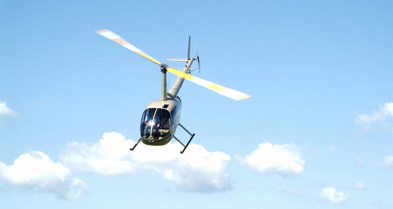 Activity: baptêmes de l'air en hélicoptère in charnay-lès-mâcon (131958)