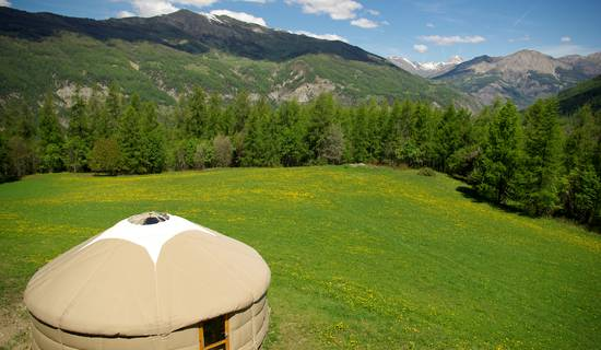 mountain yurt picture