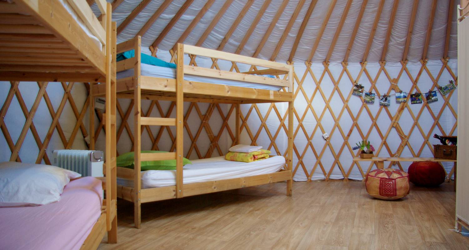 Other kind of rental accommodation: mountain yurt in colmars (132135)