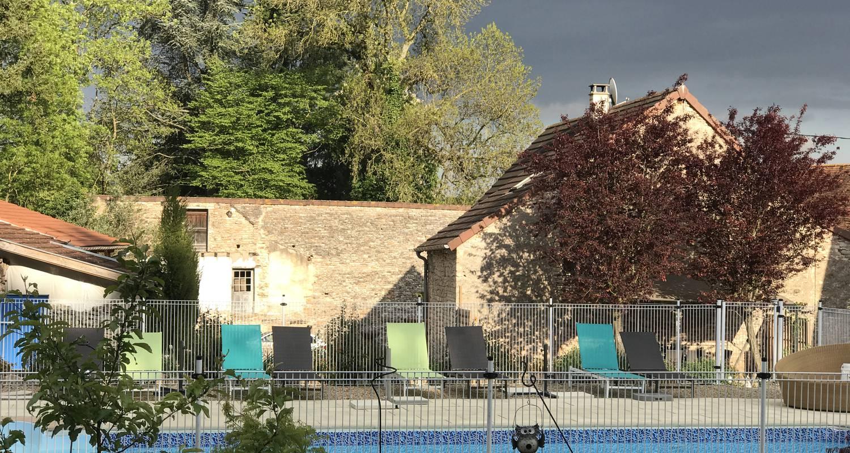 """Gîte: l'art d'une pause, gîte """"saveur anisée"""", piscine, une chambre, 4 personnes, tout confort au calme à la campagne in champagny-sous-uxelles (132248)"""