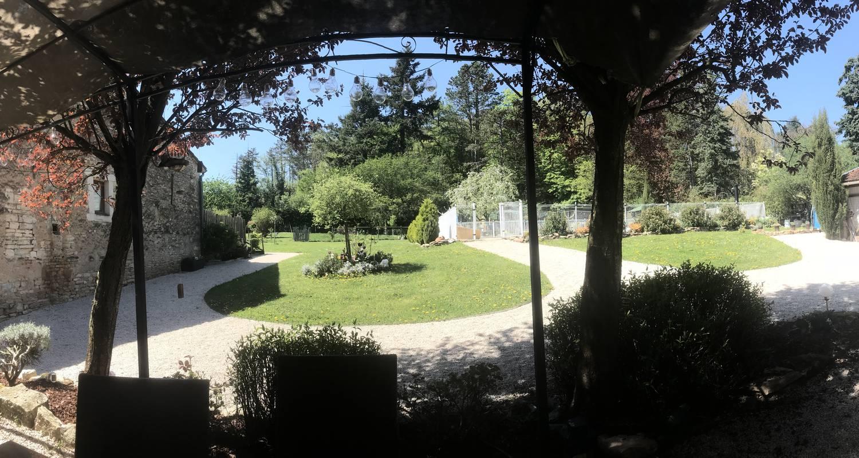 """Gîte: l'art d'une pause, gîte """"saveur anisée"""", piscine, une chambre, 4 personnes, tout confort au calme à la campagne in champagny-sous-uxelles (132242)"""