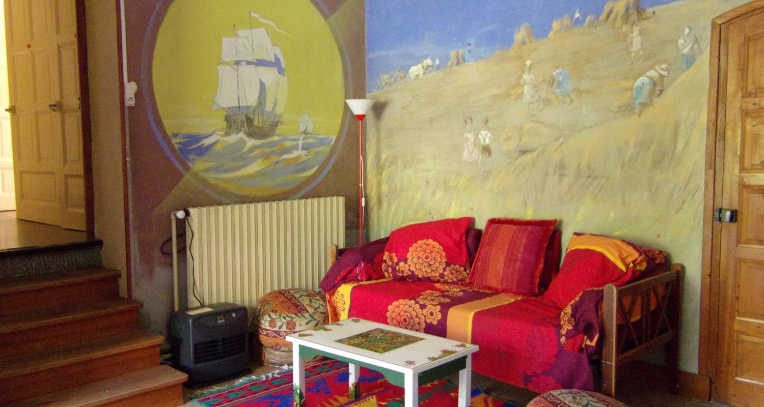 "Room in private home: ""chez toine"" house & artist's studio, room 2 ""combe laval"" in saint-martin-en-vercors (132269)"