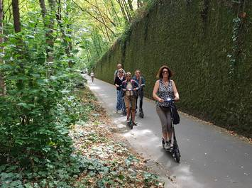 Paris on Electric scooter : Off the beaten track Tour