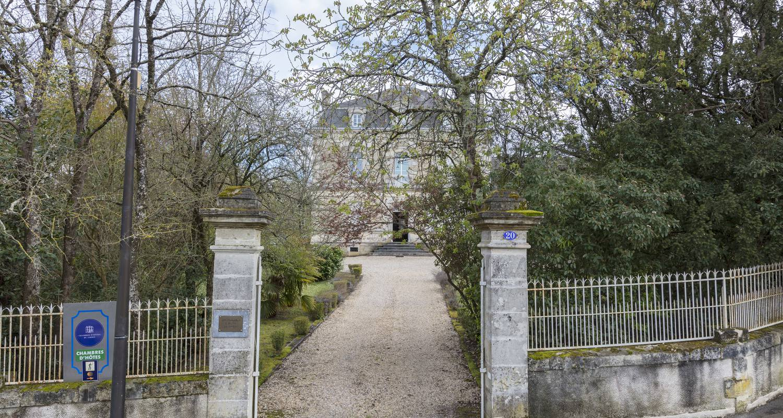 Chambre d'hôtes: chambres d'hôtes du jardin à montendre (132673)