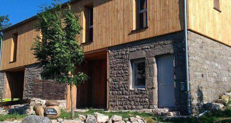 Logement meublé: gîte granrue à saint-étienne-du-valdonnez (132693)