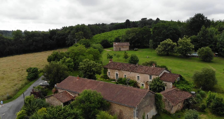 Bed & breakfast: la maison d'aum in bourrou (134091)